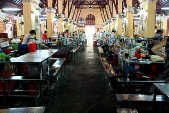 Cho Hoi An food hall